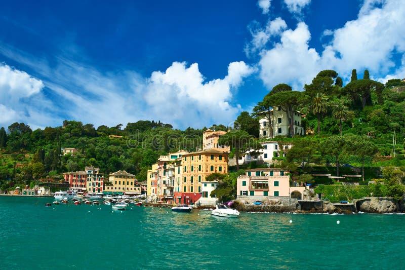 Portofino by på den Ligurian kusten, Italien royaltyfri foto