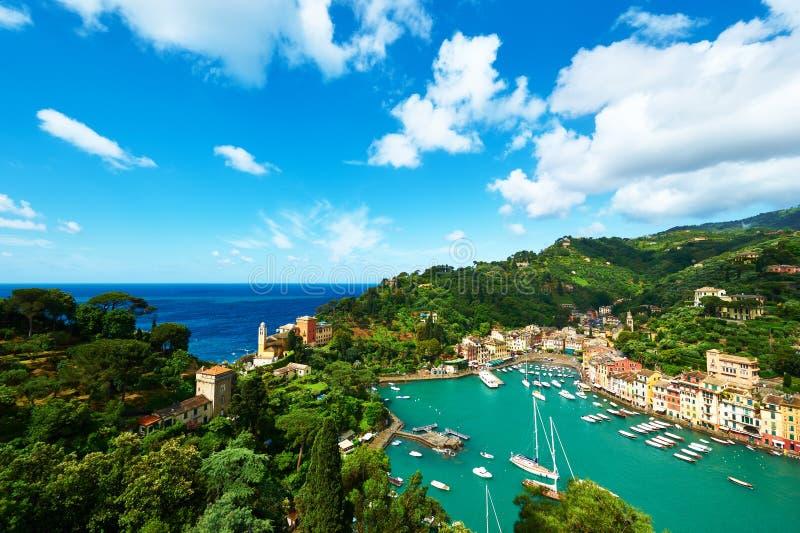 Portofino by på den Ligurian kusten, Italien royaltyfri fotografi