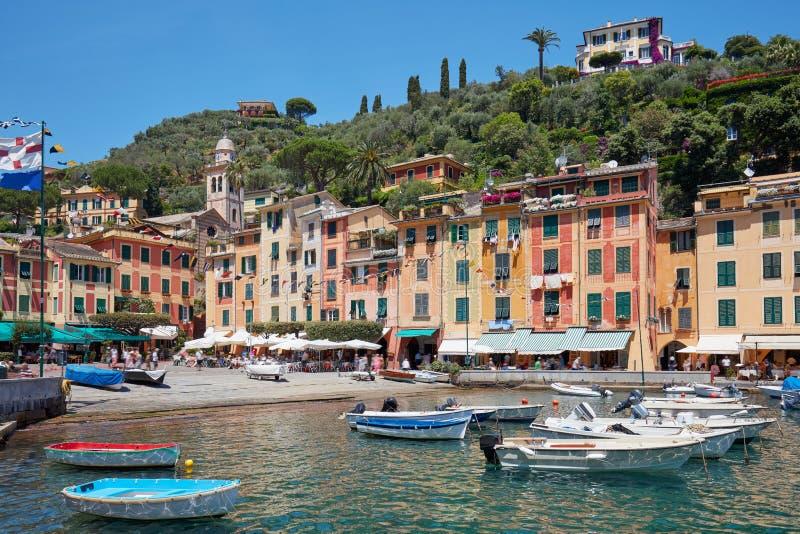Portofino piękna wioska z kolorowymi domami w Włochy fotografia royalty free