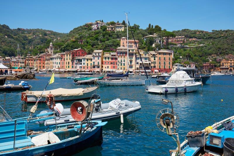 Portofino typowa piękna wioska z kolorowymi domami i schronieniem obrazy stock