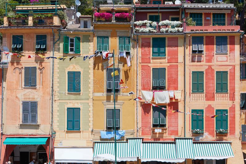 Portofino, typowa Włoska wioska z kolorowymi fasadami zdjęcie royalty free
