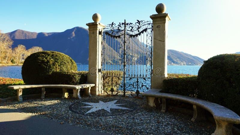Portone antico del parco di Ciani, Lugano, Svizzera, Europa fotografia stock libera da diritti