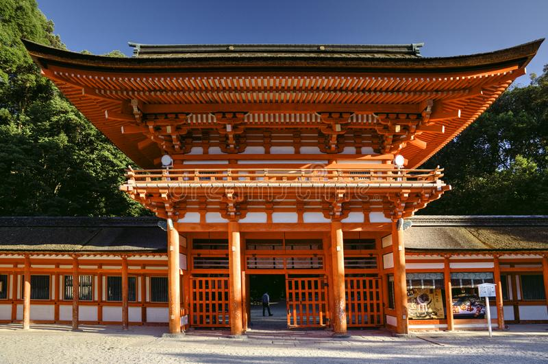 Portone dei tori nel santuario di Kyoto fotografia stock libera da diritti