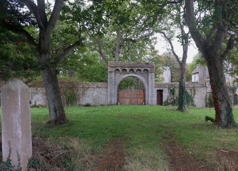 Portone del castello in Francia immagine stock libera da diritti