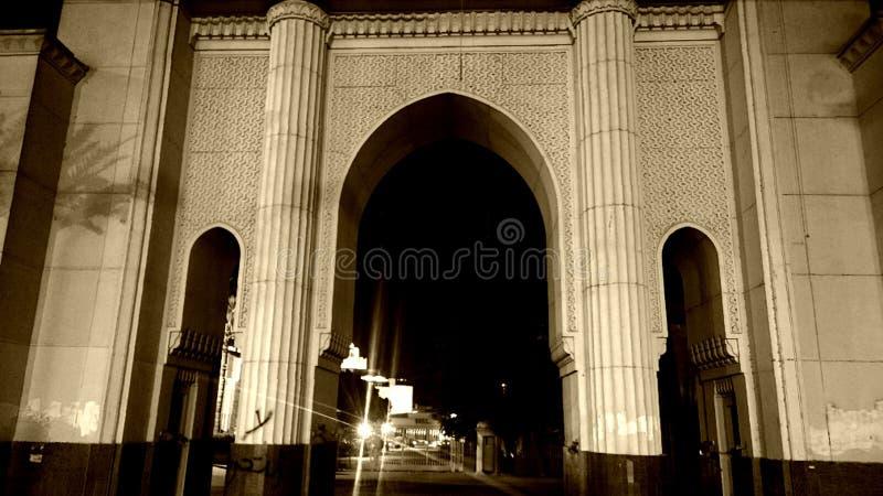 portone del teatro dell'opera di Cairo fotografia stock libera da diritti