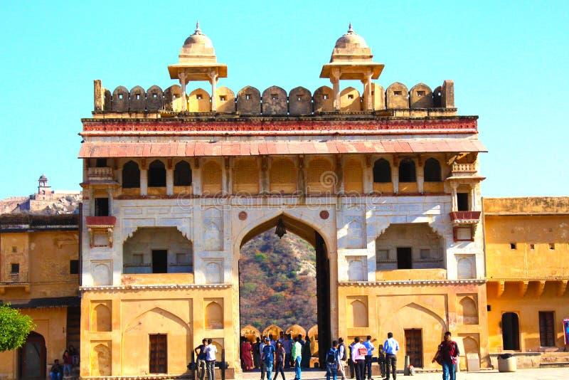 Portone dell'entrata di Amer Fort, Jaipur, Ragiastan, India immagine stock