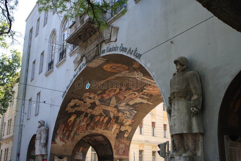 Portone dell'eroe Seghedino - in Ungheria fotografia stock libera da diritti