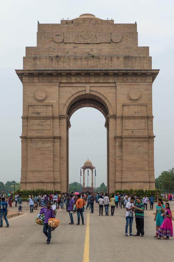 Portone indiano in nuovo, Delhi con i molti turista immagine stock libera da diritti