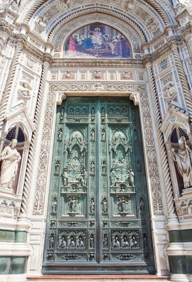 Portoni della cattedrale di Firenze fotografia stock