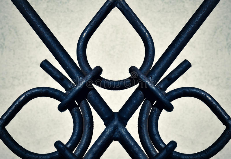 Portoni ornamentali del ferro del dettaglio immagini stock
