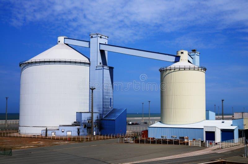 portowi Calais silosy fotografia stock