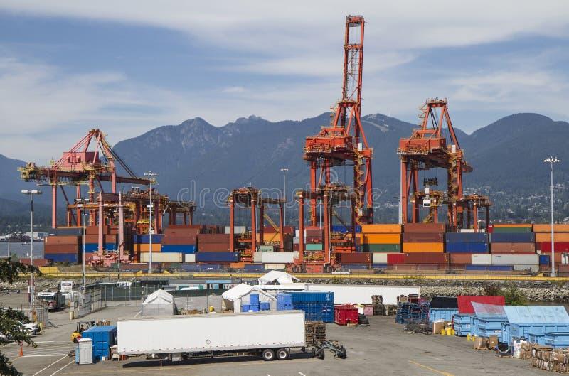 Portowi kontenery obrazy royalty free