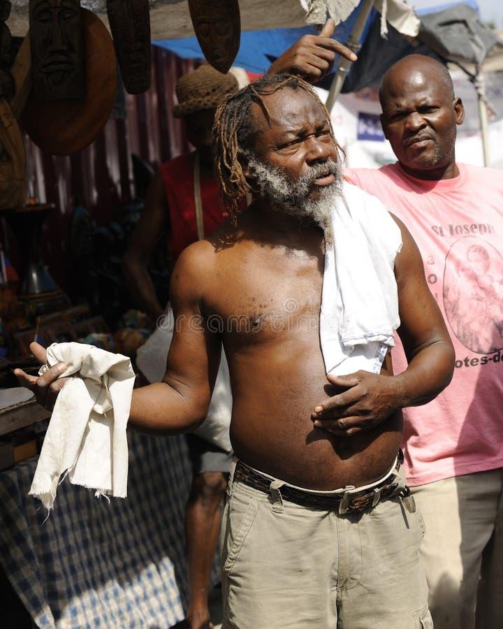 PORTOWY AU książe HAITI, LUTY, - 11, 2014.   Haitańska pamiątka zdjęcia royalty free