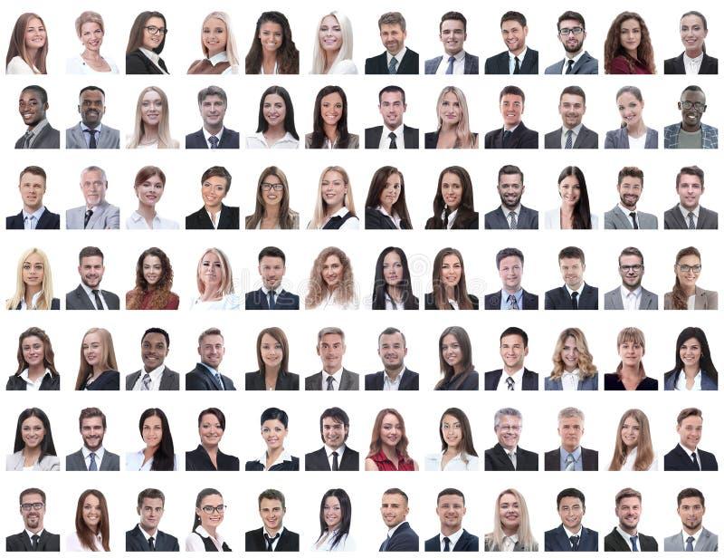 Porträts von den erfolgreichen Angestellten lokalisiert auf einem Weiß lizenzfreie stockfotografie