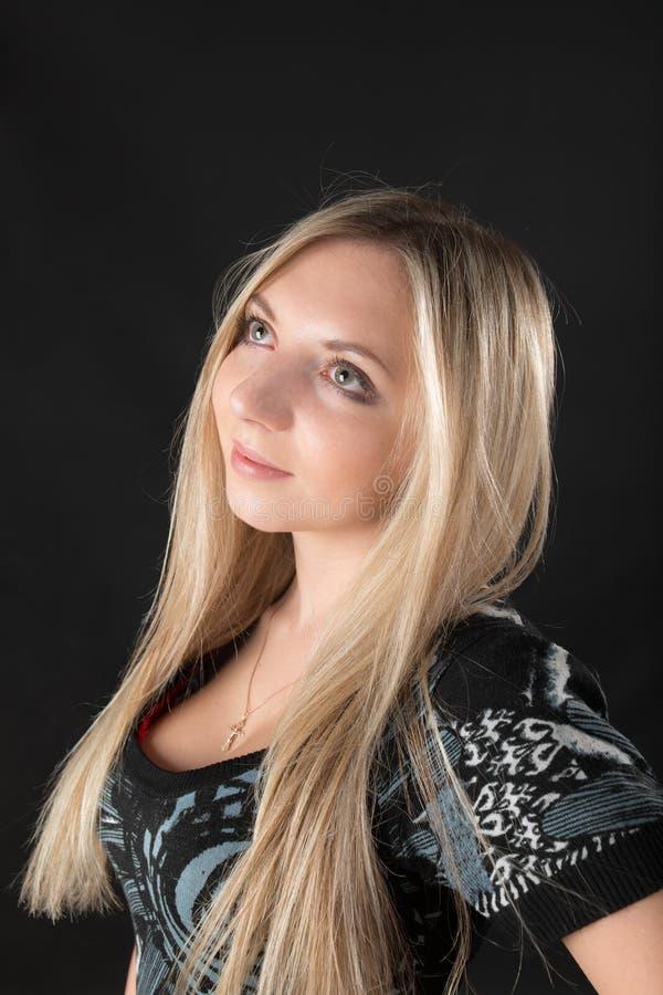 Porträt der Blondine stockfotografie