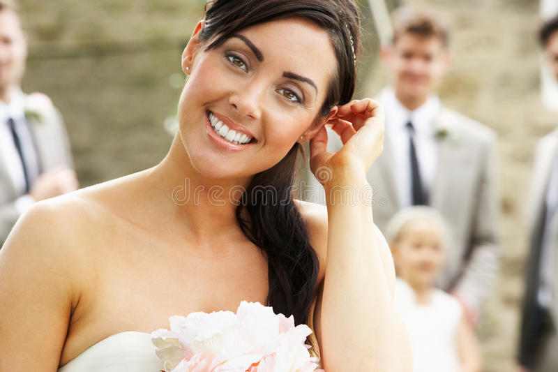 Porträt der Braut an der Hochzeit stockbild