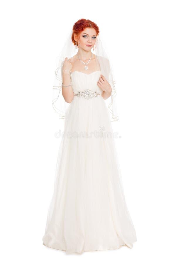 Porträt der Braut mit dem roten Haar lizenzfreie stockfotografie
