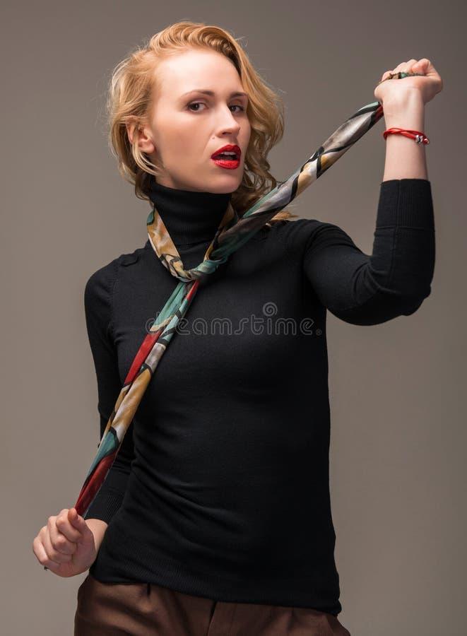 Porträt der eleganten Frau stockfotos