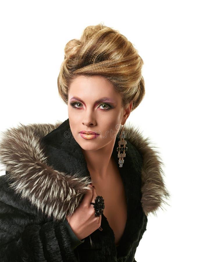 Porträt der eleganten Modefrau lizenzfreies stockbild