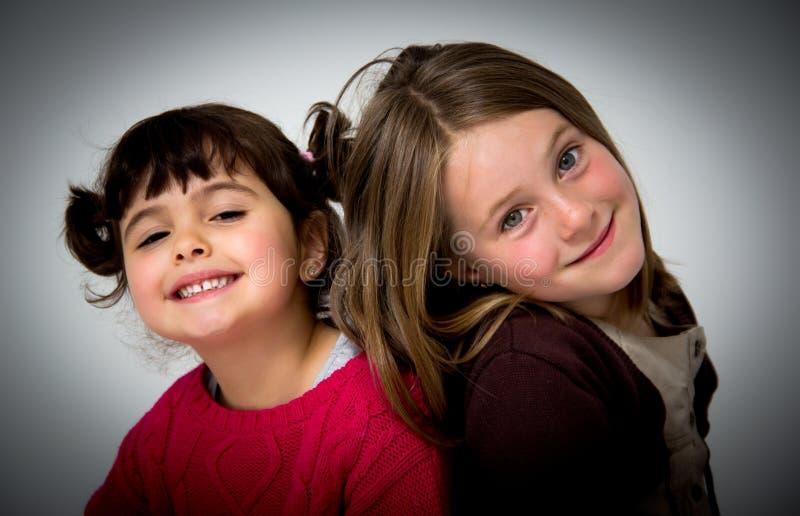 Porträt der kleinen Mädchen lizenzfreies stockbild