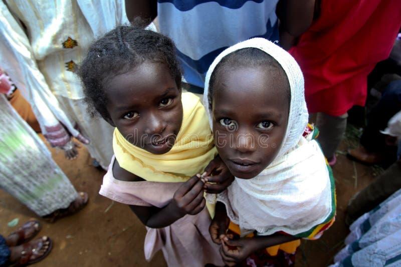 Porträt der zwei äthiopischen Mädchen lizenzfreie stockfotos