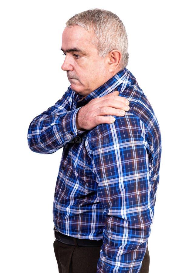 Porträt des alten Mannes leiden unter den Schulterschmerz stockfoto