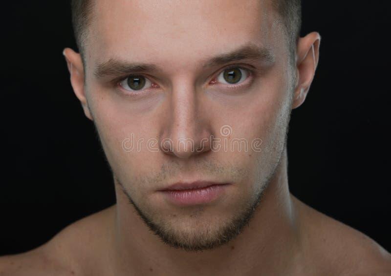 Porträt des Bodybuilders lizenzfreies stockfoto
