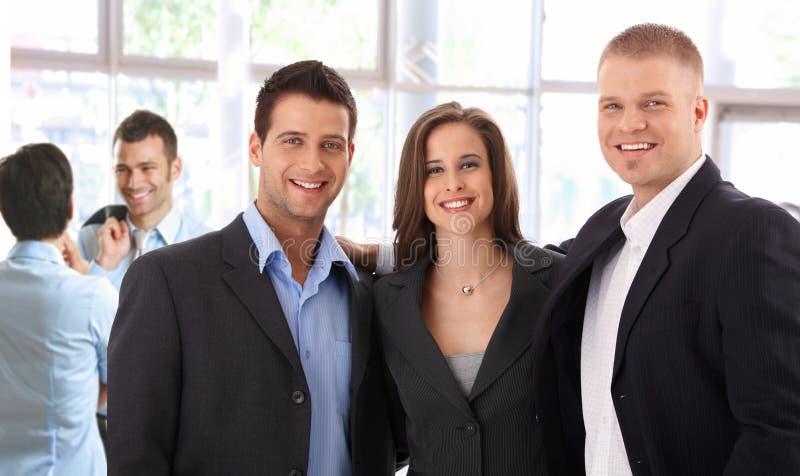 Porträt des erfolgreichen Geschäftsteams lizenzfreie stockfotos