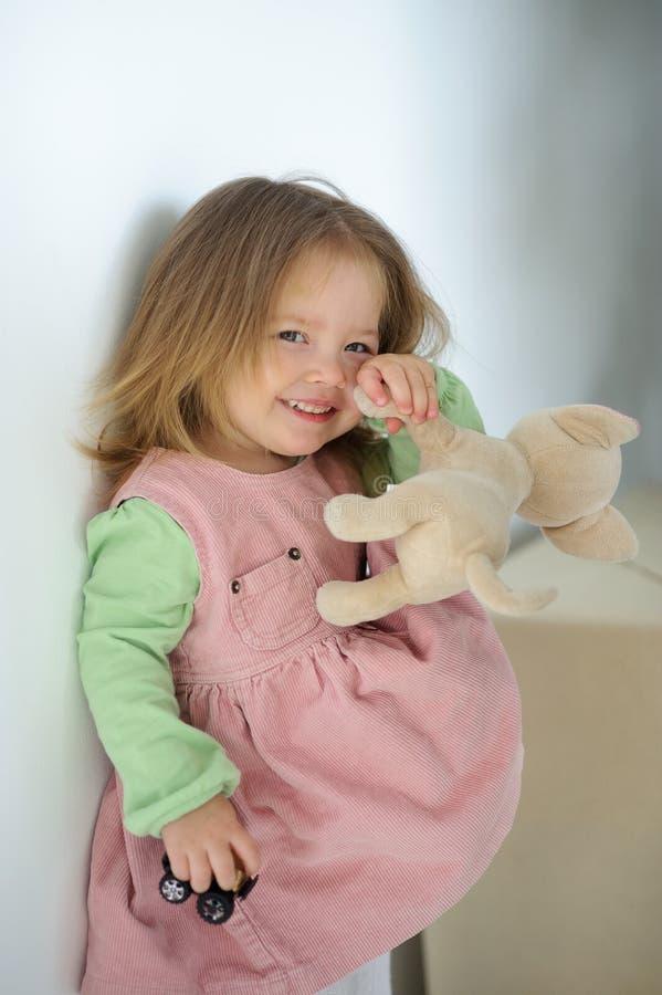 Porträt des Mädchens von 3 Jahren stockfotografie