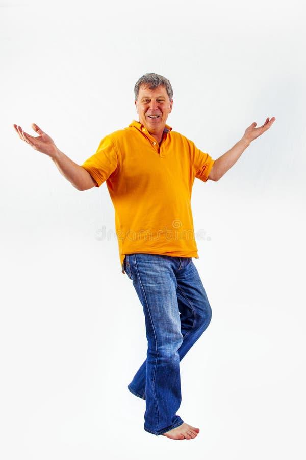 Porträt des netten gutaussehenden Mannes mit einem positiven freundlichen expressio stockfoto