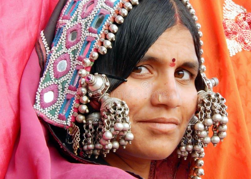 Porträt einer indischen banjara Frau lizenzfreies stockfoto