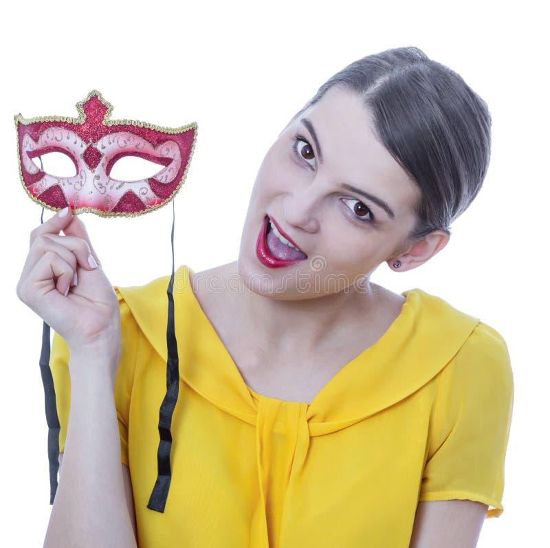 Porträt einer jungen Frau mit einer Maske stockbild