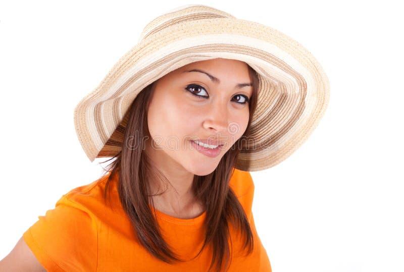 Porträt einer jungen schönen asiatischen Frau im Sommer kleidet - wie stockbild