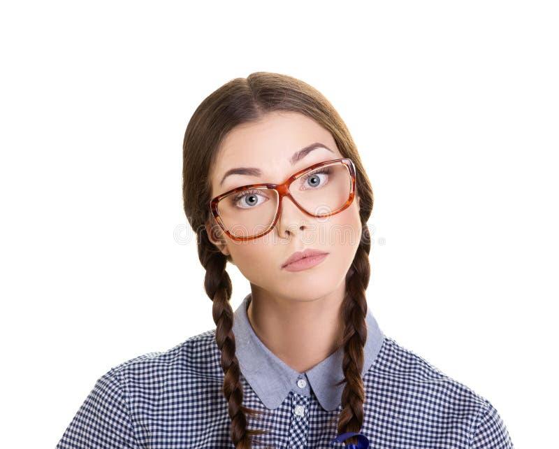 Porträt eines interessierten Mädchens in den Gläsern lizenzfreie stockfotos