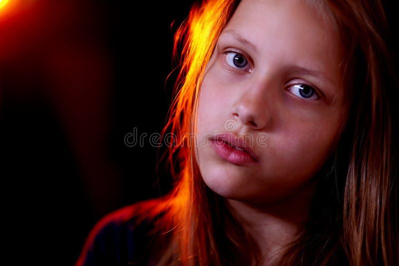 Porträt eines jugendlich Mädchens lizenzfreie stockbilder