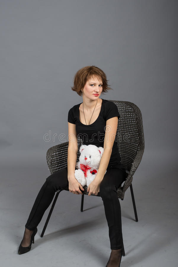 Porträt eines jungen Mädchens im Freien lizenzfreies stockfoto