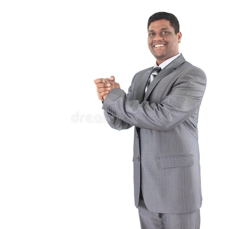 Porträt eines schönen AfroamerikanerGeschäftsmannes gegen stockfoto