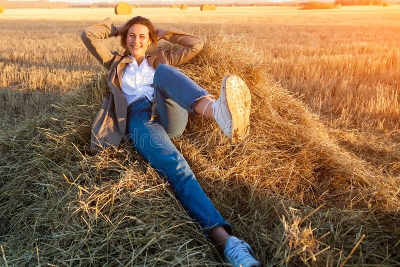 Porträt eines schönen jungen Modells stockfoto