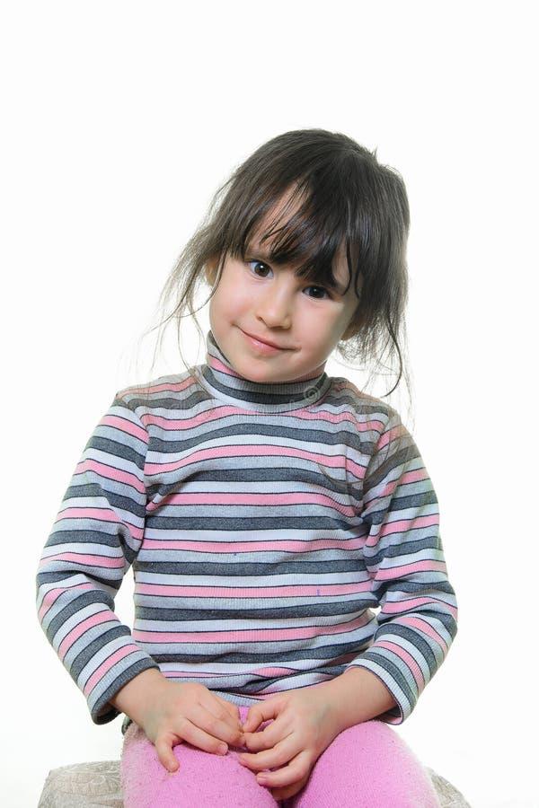 Porträt eines schönen kleinen Mädchens lizenzfreies stockfoto
