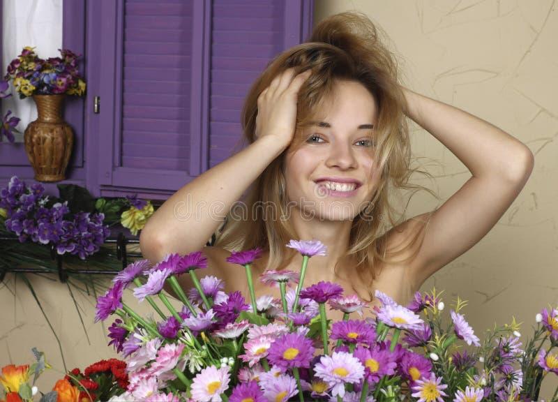 Porträt eines schönen Mädchens stockfotografie
