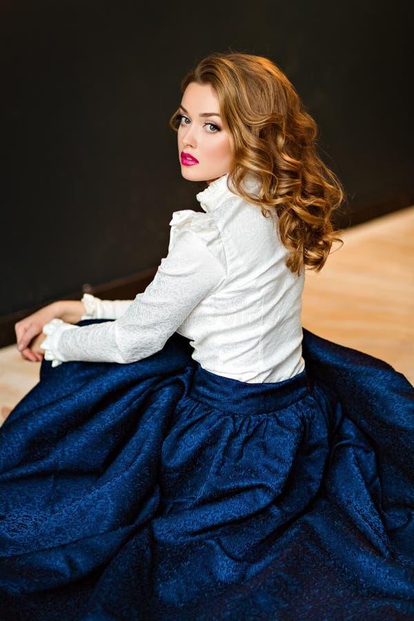 Porträt eines sehr schönen sinnlichen bezaubernden rothaarigen Mädchens I stockfoto