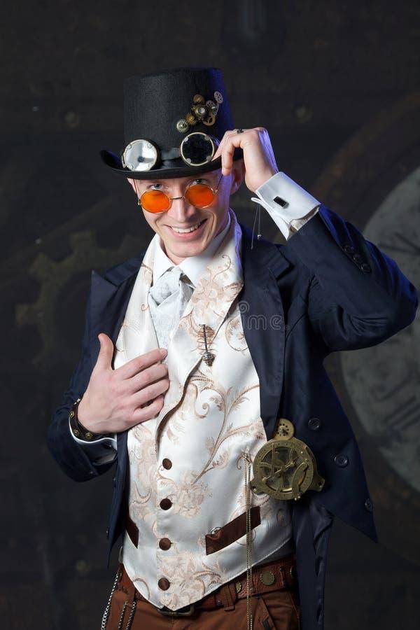 Porträt eines steampunk Mannes stockfotos