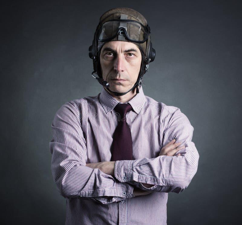 Porträt eines Versuchsgeschäftsmannes stockbild