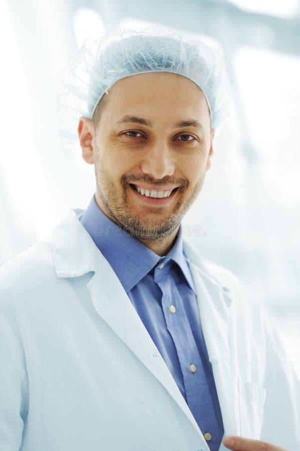 Porträt hübschen Doktors stockbild