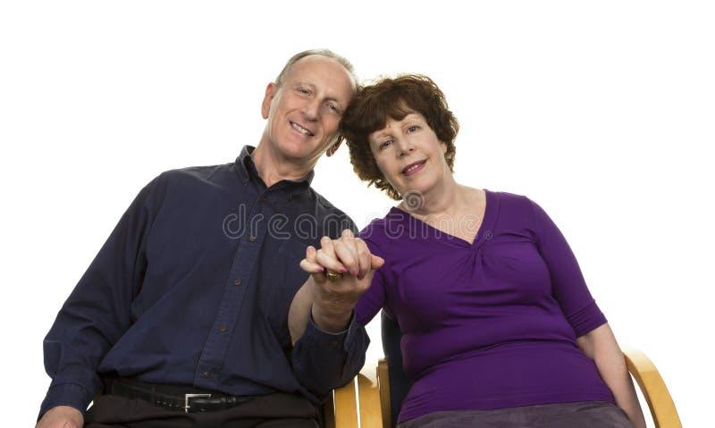 Porträt von glücklichen älteren Paaren lizenzfreie stockbilder