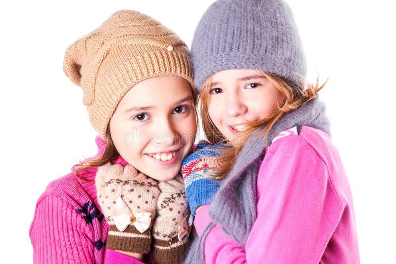 Porträt von zwei jungen schönen Mädchen lizenzfreie stockfotos