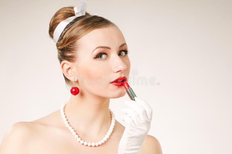 Porträtfrauenlippenstift lizenzfreies stockbild