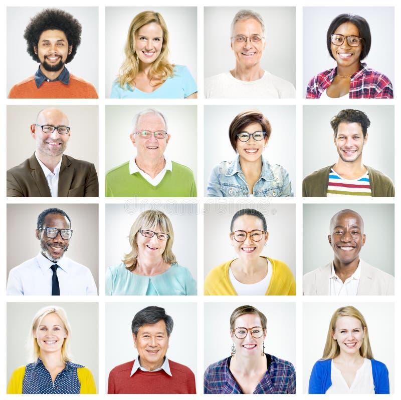 Porträts von multiethnischen verschiedenen bunten Leuten lizenzfreies stockbild