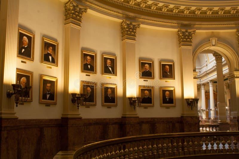 Porträts von US Präsidenten im Landeshauptstadt-Gebäude von Colorado lizenzfreie stockbilder