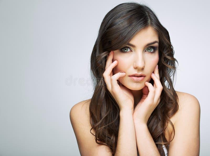 Portrait émouvant de visage de femme de beauté photographie stock libre de droits